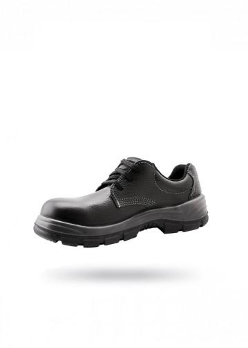 Zapato negro con puntera de...